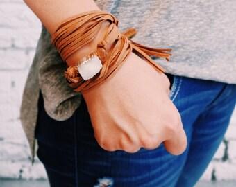 Druzy Suede Wrapping Bracelet - WHITE