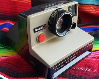 Vintage Polaroid Pronto! S Land Camera