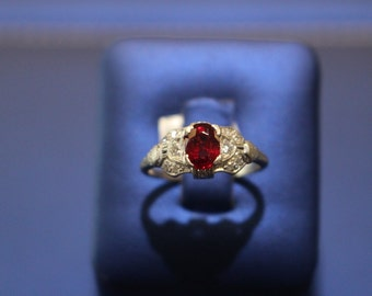 Vintage Ruby and Diamonds Engagement Ring Set in Platinum
