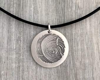 Circle fingerprint necklace, personalized fingerprint necklace, custom fingerprint necklace, leather necklace, fingerprint jewelry, jewels
