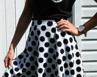BALANCE * polka dot skirt