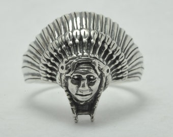 T09B11 Vintage Southwest Native American Headdress Sterling Silver Ring Sz 9.75
