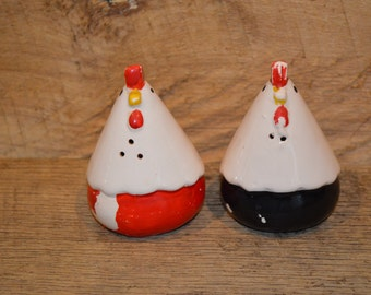 Vintage Rooster Salt and Pepper Shaker,