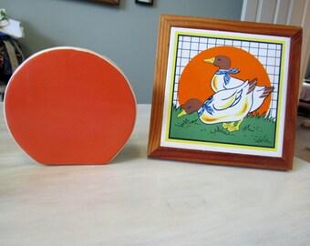 Vintage Kitchy Vase and Tile Trivet, orange, white, ducks  260