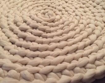 Soft merino wool rug 3' diameter