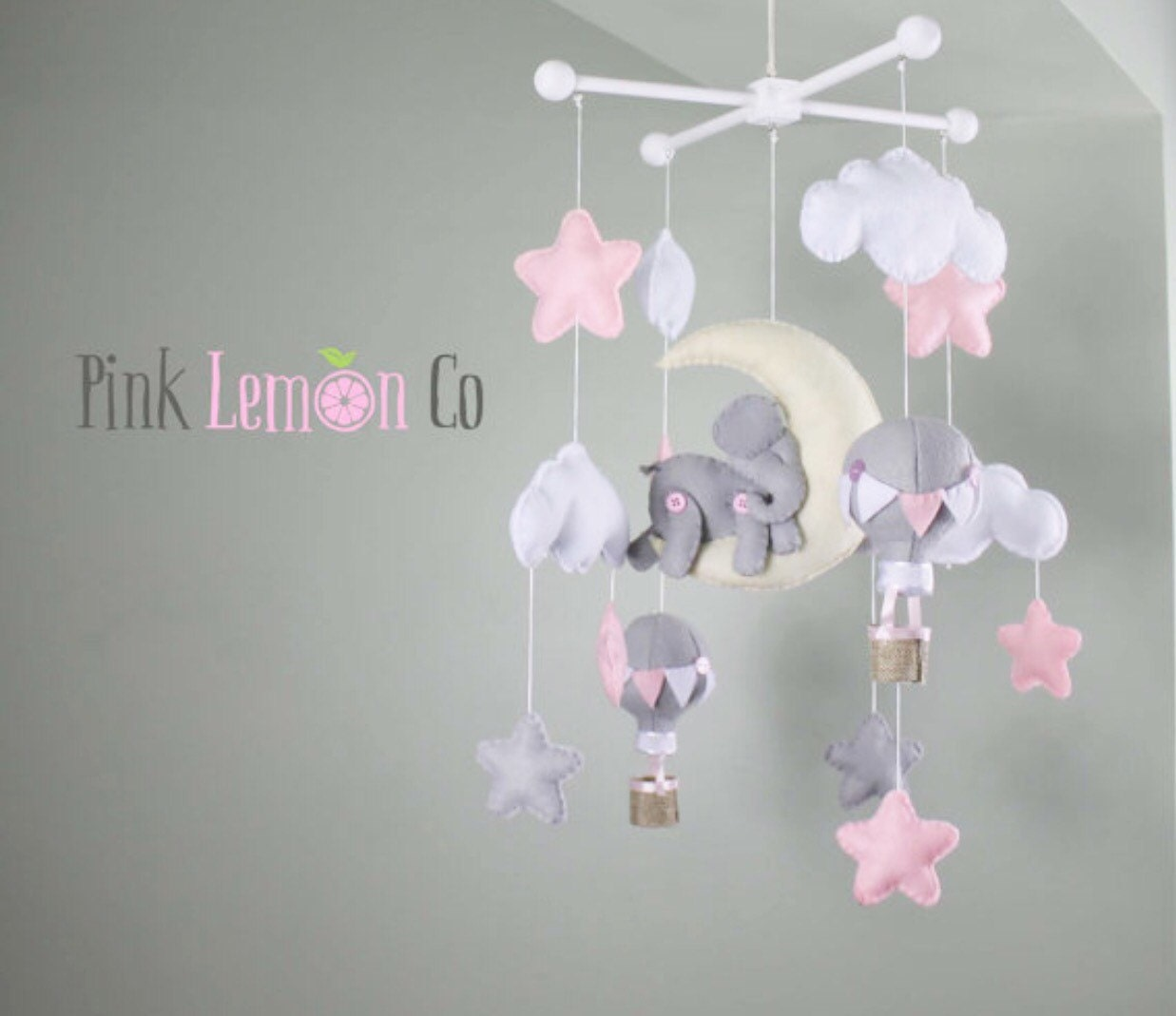 baby mobile crib nursery elephant and hot air balloons. Black Bedroom Furniture Sets. Home Design Ideas
