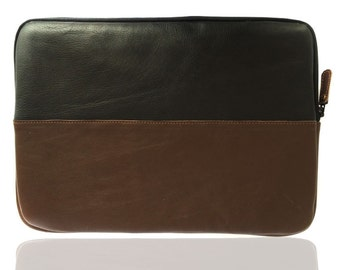 Chalk Factory Leather laptop sleeve