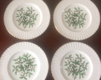 Set of 4 Lenox Holiday Holly Scalloped Bread and Butter Plates