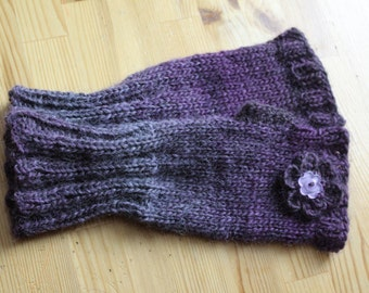 FINGERLESS GLOVES with flower button wool