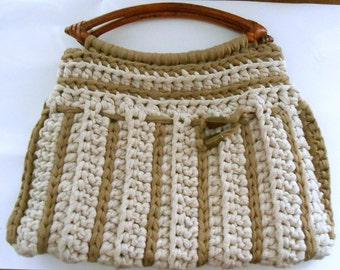 Stylish Crochet bag with wooden handles