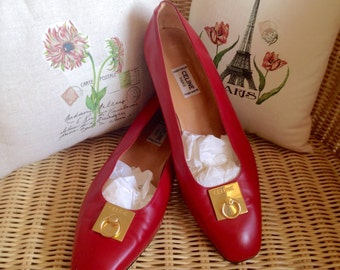 Beautiful Céline ballerines tomato red with logo