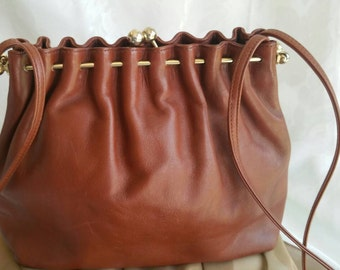Vintage light brown leather bag.