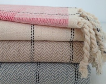 """Dotted"" Fouta"
