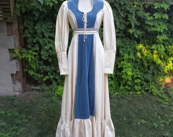 Late 1970's Gunne Sax 'Maxi Dress' with velveteen and lace trim - ivory and azure
