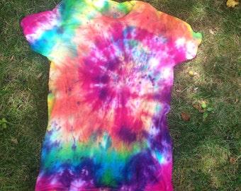 Tie Dye T-shirt (Multicolored) Size Medium