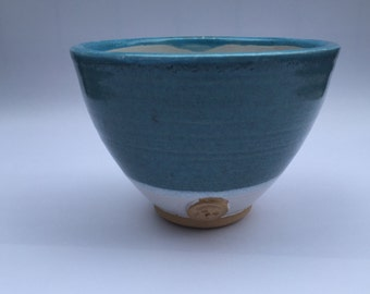 blue bowls