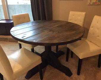 Farmhouse Style Round Table