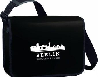 Shoulder bag made of truck tarpaulin
