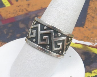 Sterling Silver CAC Mexico Tribal ~13MM Band Size 9.5