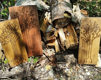 Circuitbord Tree - Woodburning by hand