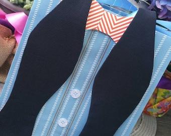 Selftie/ bow tie