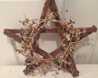 Rustic Wooden Star with Vintage Vine Wreath