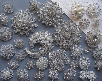 32 PCs Rhinestone Brooch Lot Mixed Wholesale Silver Pin Pearl Crystal Wedding Brooch Bouquet Brooch Bridal Button Embellishment Cake DIY Kit