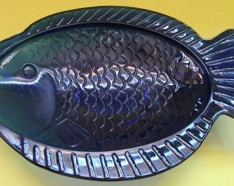 Retro Gift. Blue Glass Fish Dish. Small Dark Blue Glass Fish Plate. Vintage Blue Glass Fish. Vintage Pin Dish. Blue Fish Dish. Fish Dish