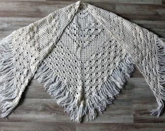 White Wraps Shawl- knitted shawl