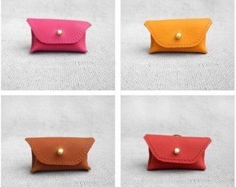 Weekender Leather Poop Bag Holder (Apricot, Raspberry, Rhubarb or Cinnamon)