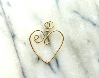Wire sculpted heart necklace pendant