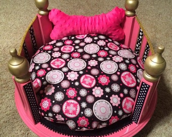 Custom made Princess Dog/Cat Bed