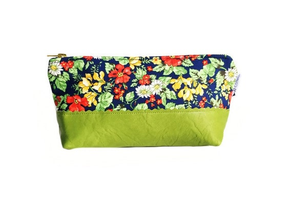 Green Bouquet Leather Makeup Bag, Leather Pouch, Cosmetic Bag, Women's Toiletry Bag, Makeup Case