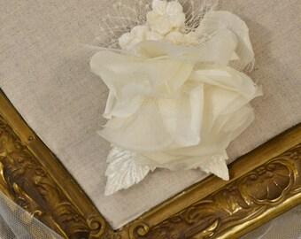 Silk Bridal Hair Flowers . Three Flowers . Ivory . Ready to Ship