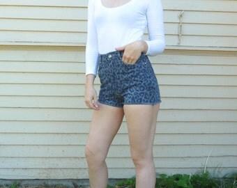 Vintage 80s High Waist LEOPARD PRINT Denim Cut Offs Jeans HOT Shorts sz S / W 27