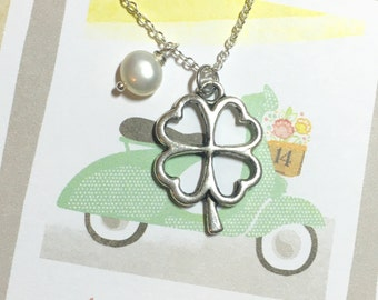 Lucky Clover Pearl Necklace, Four Leaf Clover Necklace, Good Luck Pendant, Plant Necklace, Lucky Necklace, Friendship Gift, Plant Lover Gift
