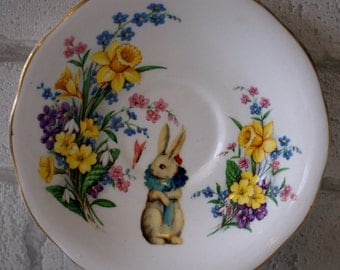 1905 Bunny & The Butterfly Vintage Ornamental Wall or Table Display Heirloom Saucer (18)