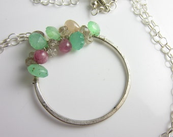 Chrysoprase and Sapphire Wreath Necklace in Sterling Silver