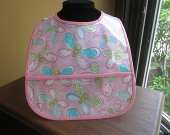 WATERPROOF WIPEABLE Baby to Toddler Plastic Coated Bib Sweet Pink Butterflies