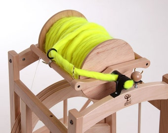 Ashford COUNTRY SPINNER -new sliding guide flyer- 2 gianormous 2 pound bobbin for art yarns and production