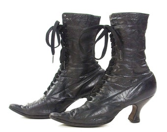 Authentic Victorian Lace Up Ankle Boots / Early 1900s Edwardian Black Leather Grannie Pixie Prairie Steampunk Booties / Women's Size 6.5