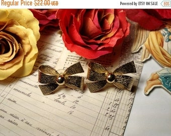 SALE TODAY 1980s Vintage Bold Big Gold Bow Tied Ribbon Pierced Post Earrings Burlesque Retro