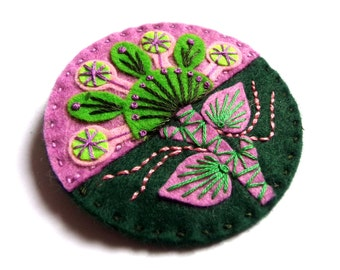 HALF PRICE SALE Spring felt brooch pin with freeform embroidery - scandinavian style