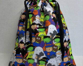 READY TO SHIP - Halloween Trick or Treat Candy Drawstring Tote Bag - Kids in Halloween Costumes Fabric