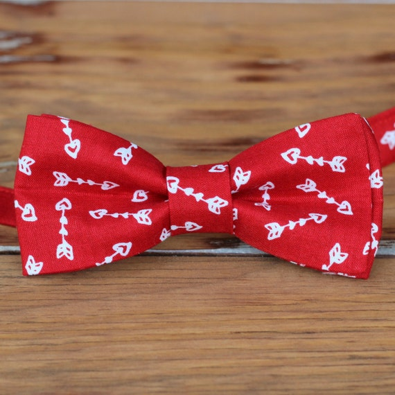 Men's heart bow tie red white arrow heart cotton bow tie