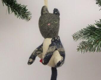 Woolen cat holiday ornament