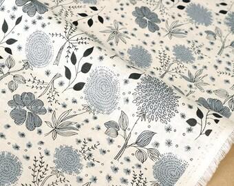 Japanese Kei Fabric La vie en Rose linen - grey on cream - 50cm