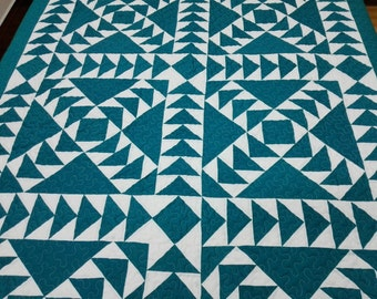 Twin  size Machine quilted Around the world  Patchwork complete   Quilt J-78