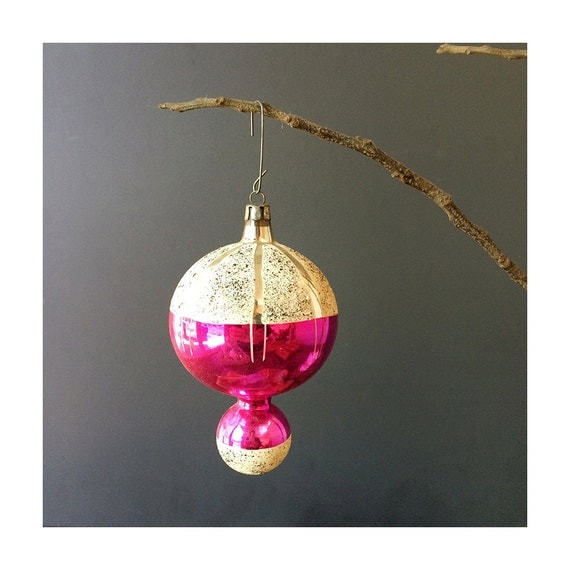 1950s Ornament - Pink Drop - Vintage Christmas - Made in Poland