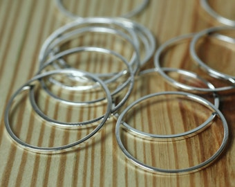 Silver plated circular link connector O-ring 24mm in diameter 1mm (18g) thick, 10 pcs (item ID XMFA00102BDE)